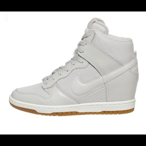 "562bbb3716968c Nike ""Dunk Sky Hi"" Wedge Sneakers. M 5c048cf404e33df8db7ba695"